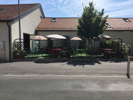 Terrasse photo de l 39 impro yverdon les bains tripadvisor for Location yverdon les bains particulier