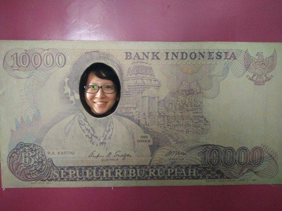 Museum Bank Indonesia : 10ribu rupiah