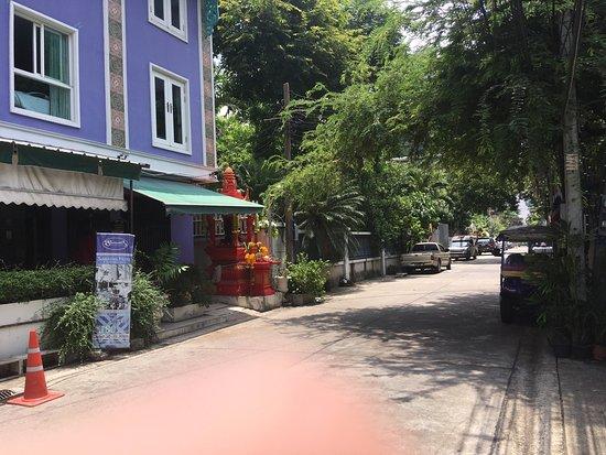 Sawasdee Hotel @ Sukhumvit Soi 8: photo0.jpg