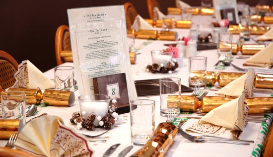 Attleborough, UK: Christmas Meals at Peter Beales Tea Room and Restaurant