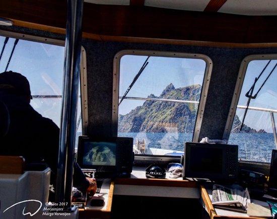 Portmagee, Ireland: sailing towards 'Skellig Michael' with @SkelligMichaelCruises
