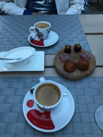 Geldrop, Belanda: Coffee and friandises