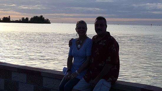 Hudson, Флорида: On the seawall