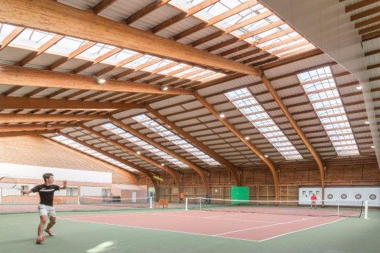 Branville, Prancis: Activité