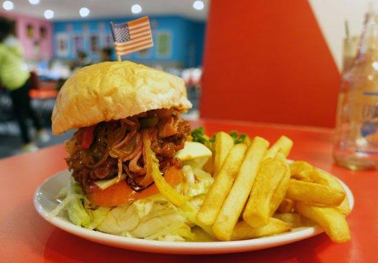 Forest Hill, Australia: burger