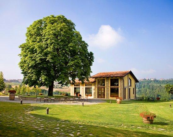 Borgomale, Italien: Esterno