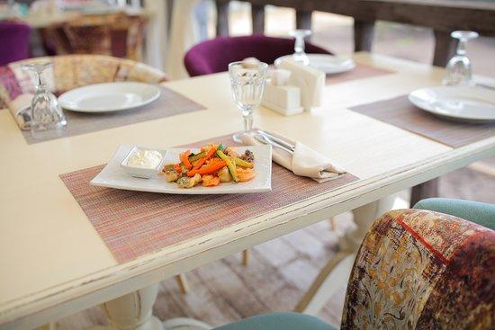 Lobanovo, روسيا: Обед на террасе