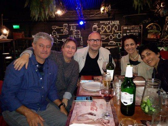 El Mentidero de Guemes: Hermoso encuentro con mi amiga Carla Salonia, su pareja Claudio mi hermana Adriana y mi señora G
