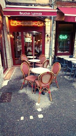 L\'Auberge Des Canuts - Picture of L\'Auberge Des Canuts, Lyon ...
