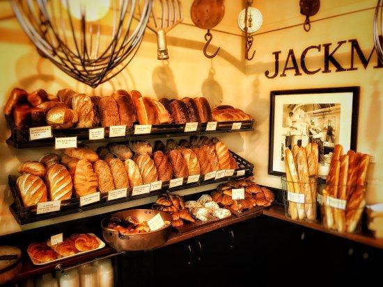 Jackman & McRoss: Fresh breads on display