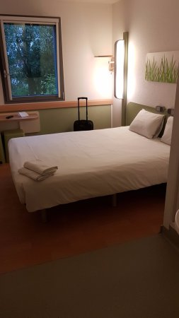 Ibis Budget Brussels South Ruisbroek Photo