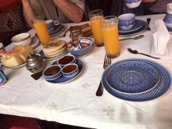 Riad La Terrasse des Oliviers: petit-déjeuner