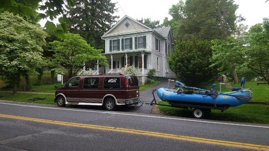 The Angler's Inn Bed and Breakfast: With our fishing packages we pick you up after a continental breakfast for a fun day on the wate