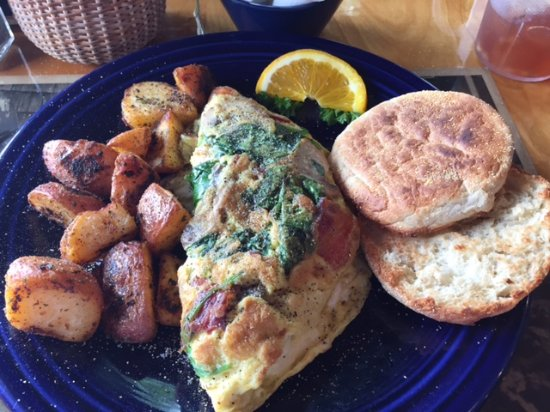 Cove Cafe : YUMMY Omelette