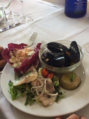 Lubriano, Ιταλία: antipasto con coregone marinato