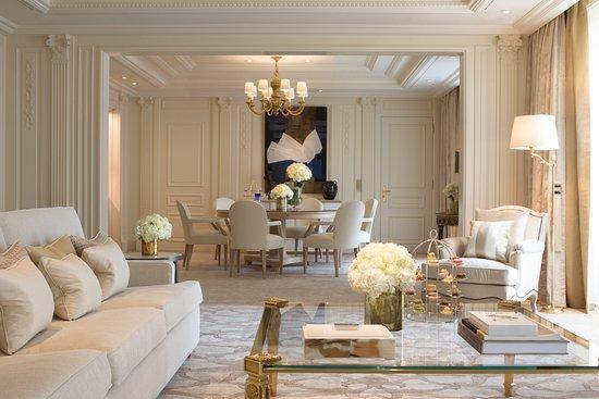 Four Seasons Hotel George V: Presidential Suite Living Room