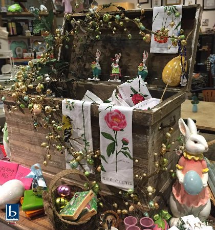 Elkhart, IN: Easter merchandise & decor