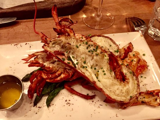 Fabulous Food, excellent wine, loved their lobster!!