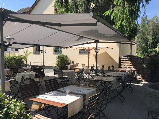 Ebikon, Sveits: Restaurant Sonne