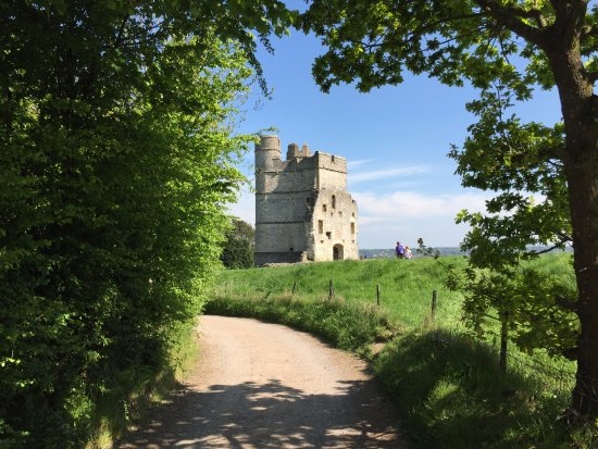 Donnington Castle: The castle from the other side