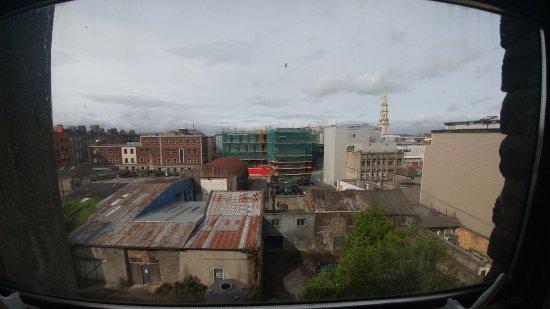 هارفيز جيستهاوس: View from our window