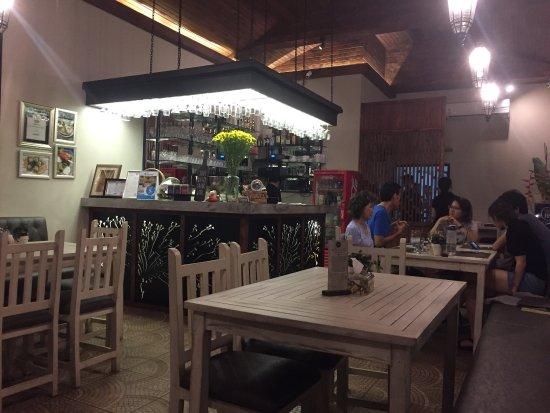 Suay Restaurant: Sweet setting
