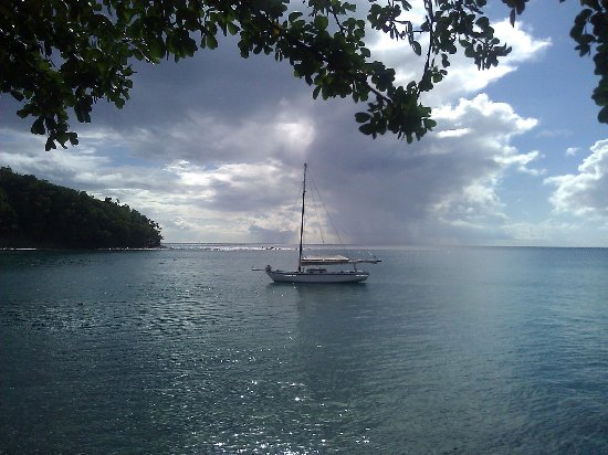 Gros Islet, St. Lucia: Jus'Sail takes you to a beautiful cove to snorkel ...