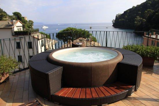 """Hotel Argentina Portofino : Vasca idromassaggio ad uso esclusivo,con supplemento,per gli ospiti della camera """"Paradise"""""""