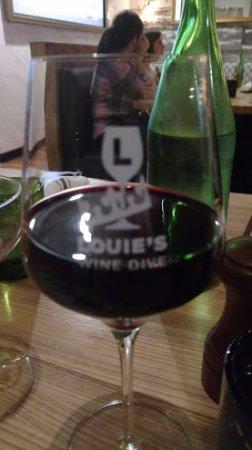 Clayton, MO: glass of vino