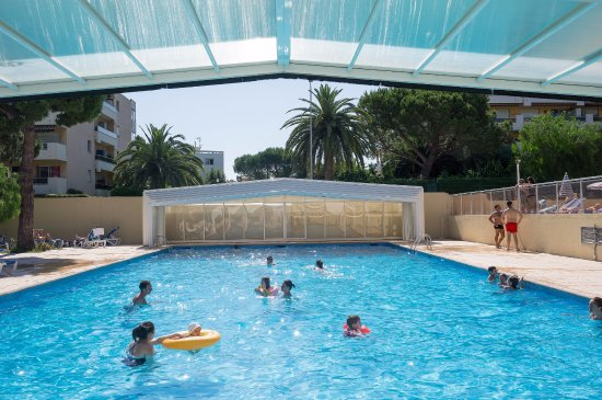 Pierre vacances r sidence heliotel marine hotel saint for Piscine 06700