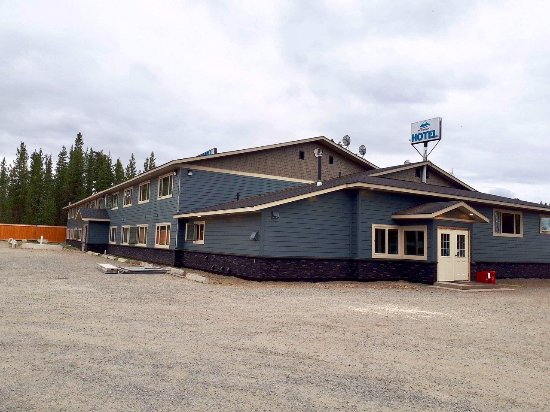 Dease Lake, Canada: New Siding and Triple Glazed Windows