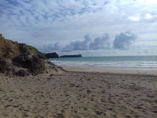Mullion, UK: Polurrian Beach