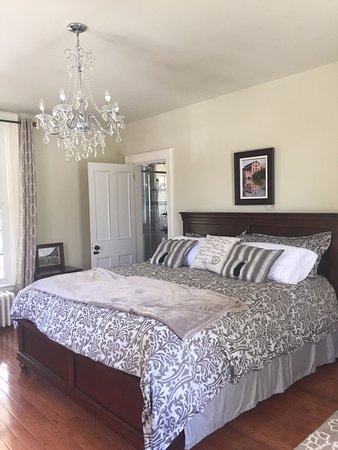 Brockville, Kanada: Our White Oak Suite