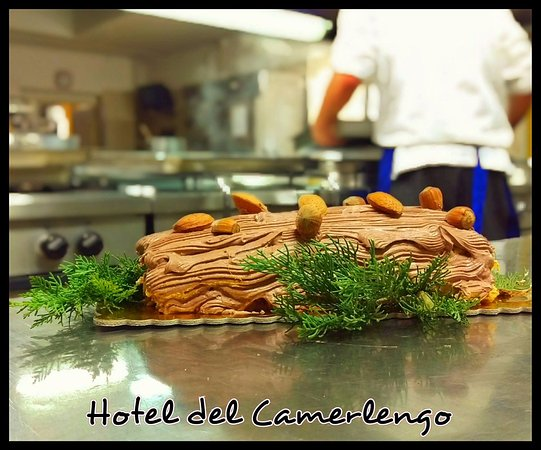 Fara San Martino, Italia: Lo Chef pasticcere e lo squisito TRONCHETTO DI NATALE