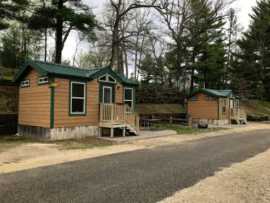 Wisconsin Dells KOA: Outside view of two Deluxe Studios with bathroom. Sleeps up to 4 people.