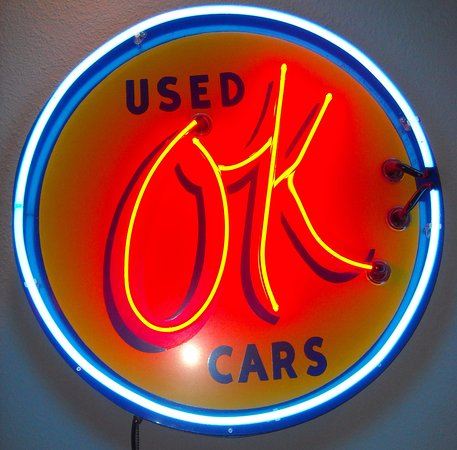 Nelson's Garage Car & Motorcycle Museum: Old neon sign