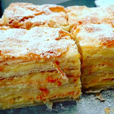 DeBary, Флорида: Napoleon Cake