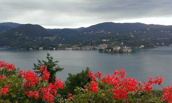 Madonna del Sasso, Italië: Lago d Orta
