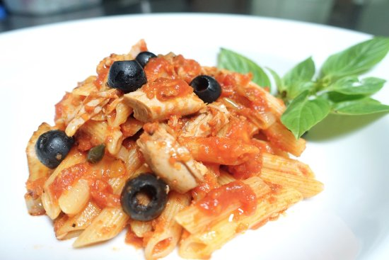Ciao Koh Chang: Pasta with Tuna tomato sauce.