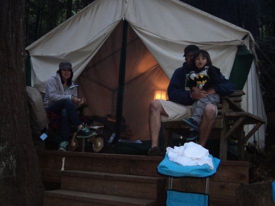 Fernwood Resort: canvas tents you can rent, motel rooms and camping too