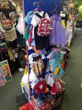 Monroe, WI: These clothes are made to fit American Girl dolls, and they're soooo cute!!