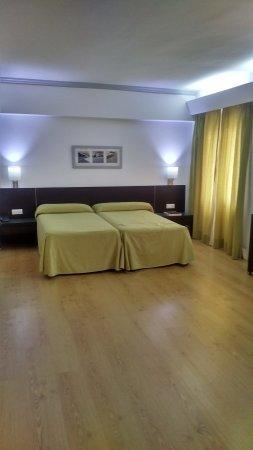 Hotel Som Fona Image