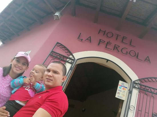 Hotel La Pergola: IMG_20170524_073649_large.jpg