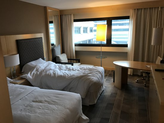 Sheraton Frankfurt Airport Hotel & Conference Center: Standardzimmer