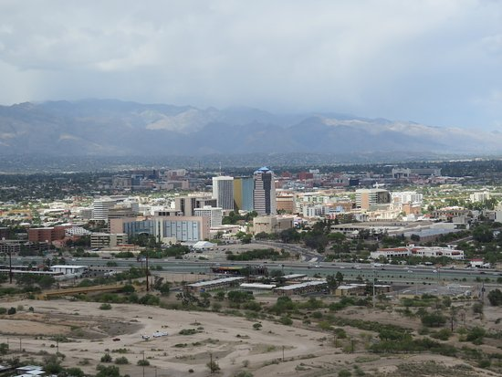 A Mountain (Sentinel Peak) : View of downtown Tucson from Sentinel Peak