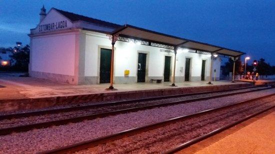 Estombar train station