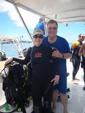 West End, Honduras: Ready for the dive.