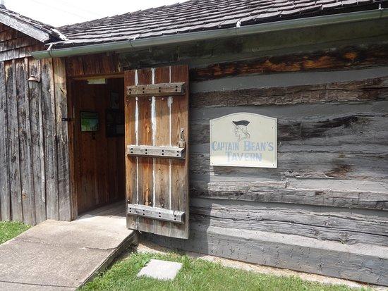Bardstown, KY: Tavern