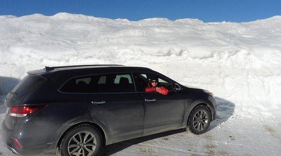 Petite-Riviere-Saint-Francois, Kanada: Le Massif de Charlevoix - a bit of snow here