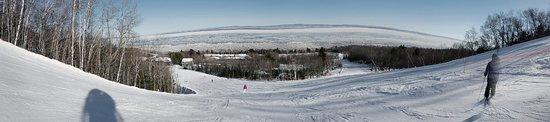 Petite-Riviere-Saint-Francois, Canadá: Le Massif de Charlevoix - panorama